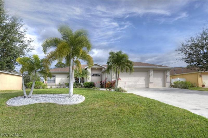 1103 SW 8th,  Cape Coral, FL