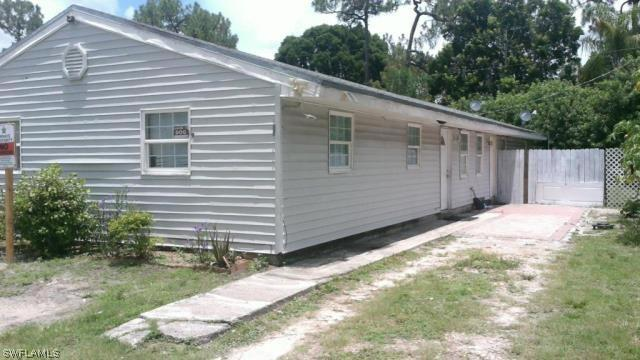 5637  4th,  Fort Myers, FL