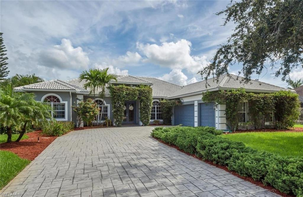 8951  Abbotsford,  Fort Myers, FL