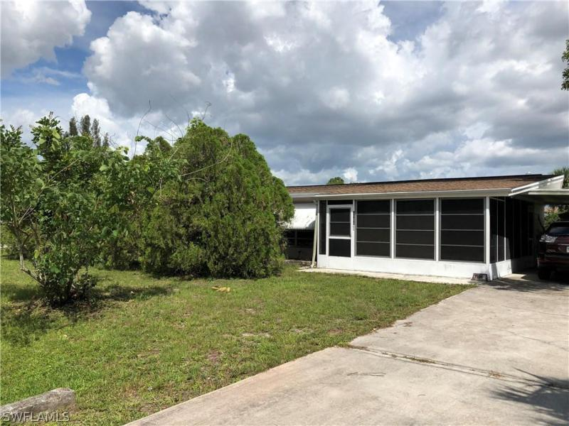 18509  Iris RD, Fort Myers, FL 33967-