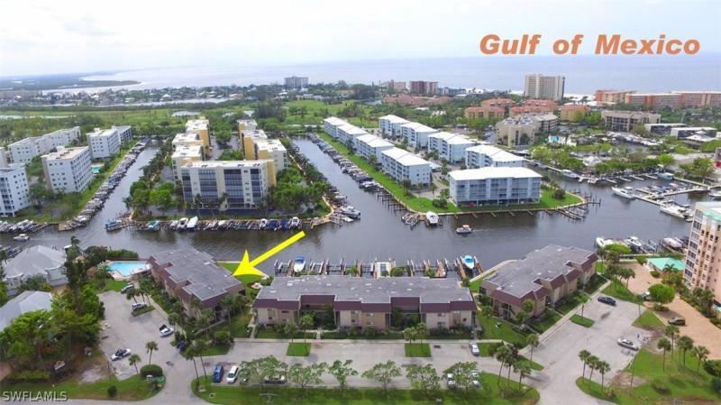 711  Estero BLVD Unit 12, Fort Myers Beach, FL 33931-