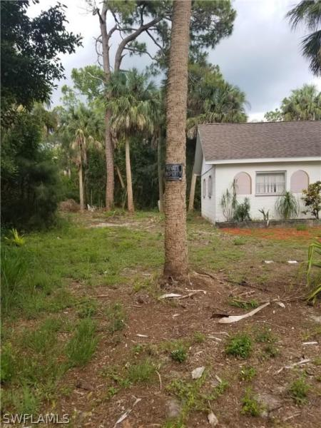 7509 Mcdaniel, North Fort Myers, FL, 33917