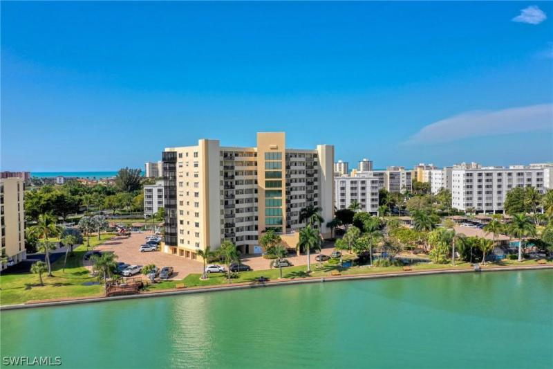 Bay Beach, Fort Myers Beach in Lee County, FL 33931 Home for Sale