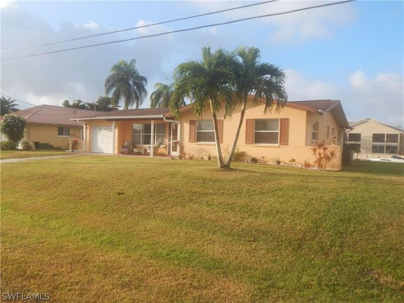 4214 SE 6th,  Cape Coral, FL