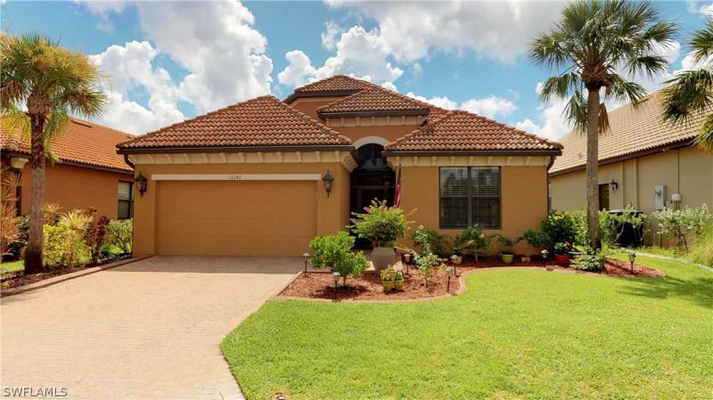 12260  Country Day CIR, Fort Myers, FL 33913-