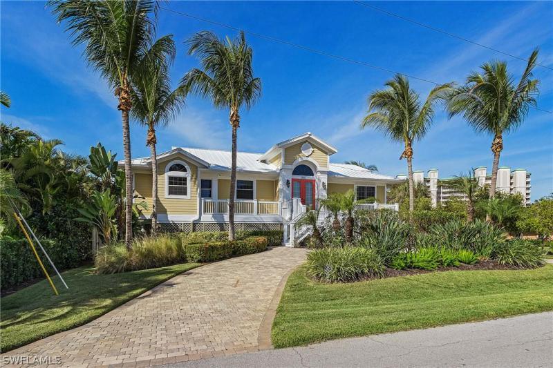 253  Estrellita,  Fort Myers Beach, FL