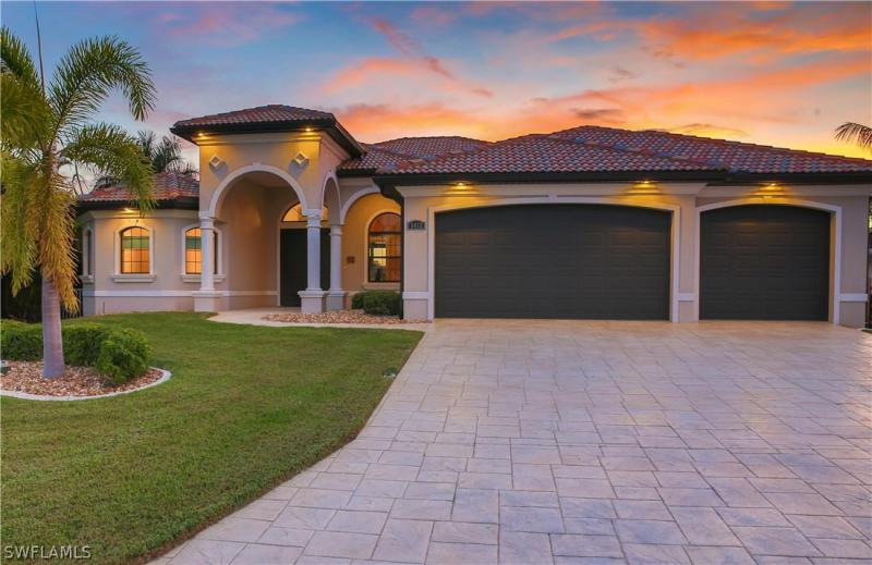 5412 SW 2nd,  Cape Coral, FL