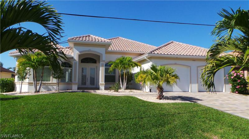 5304 SW 2nd,  Cape Coral, FL