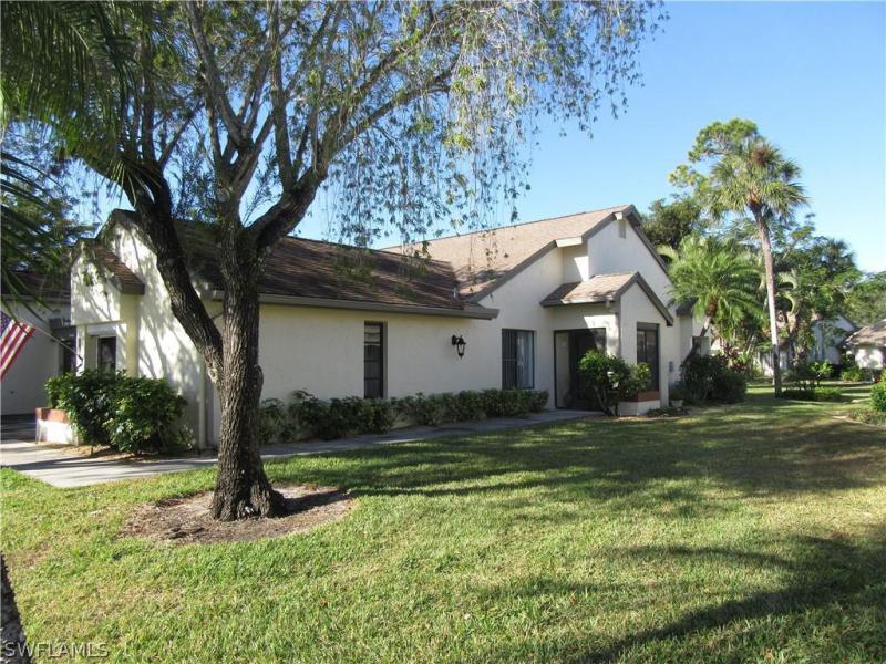 1781  Pebble Beach DR Unit 114, Fort Myers, FL 33907-