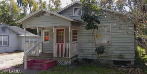 2925  Thomas ST, Fort Myers, FL 33916-