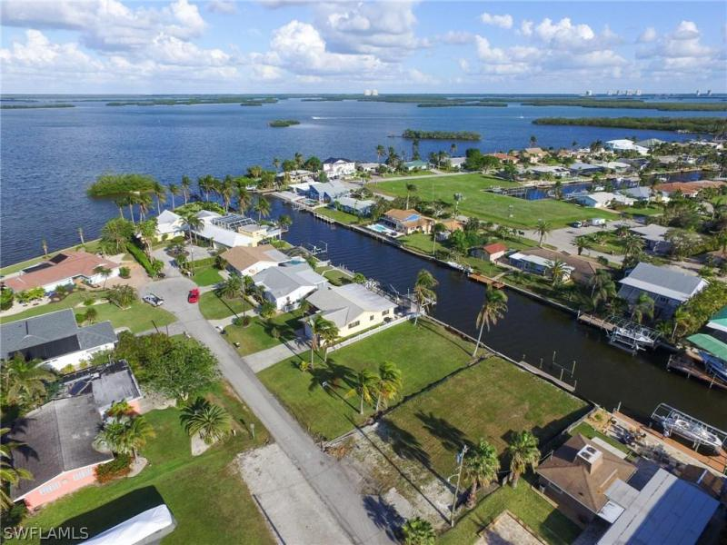 Photo of Sandpiper Village   in Fort Myers Beach, FL 33931 MLS 217072197