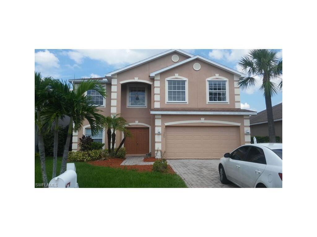 11523  Gainsborough,  Lehigh Acres, FL