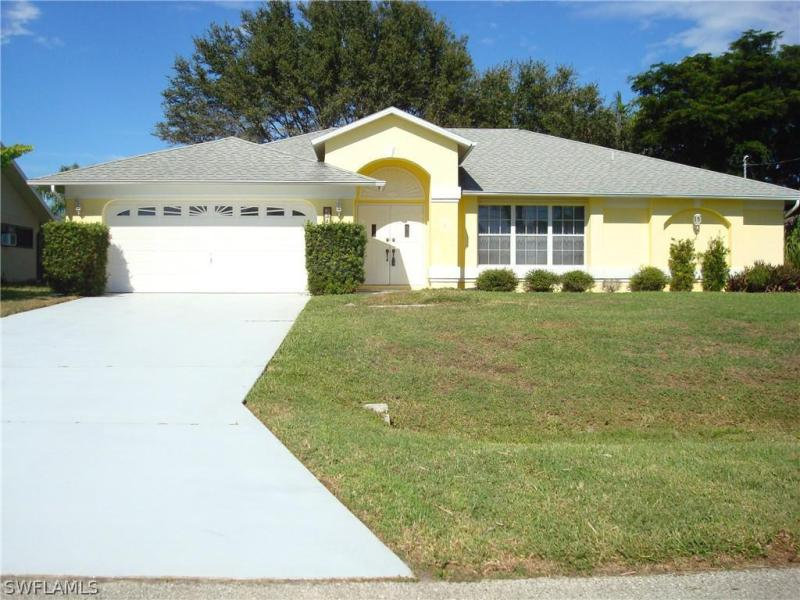 2313 SW 39th,  Cape Coral, FL