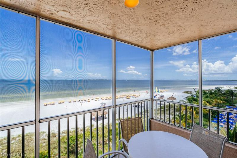 http://extimages2.living.net/ImagesHomeProd3/FL/idx/photos/ftmyersbeach/91/219006697.jpg