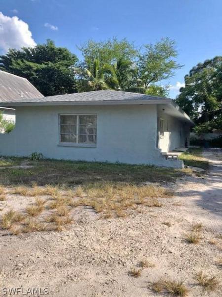 1645  Linwood AVE, Alva, FL 33920-