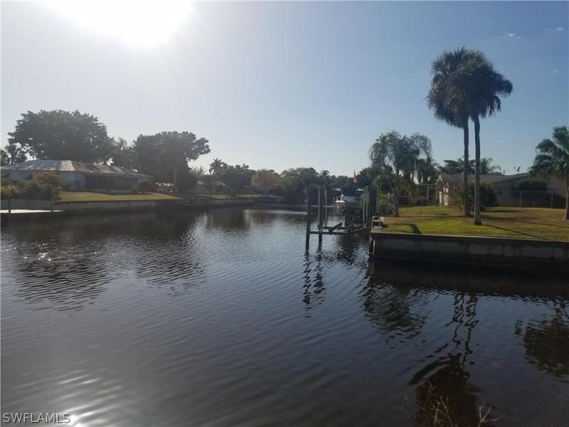 4409 N Canal Cir, North Fort Myers, Fl 33903
