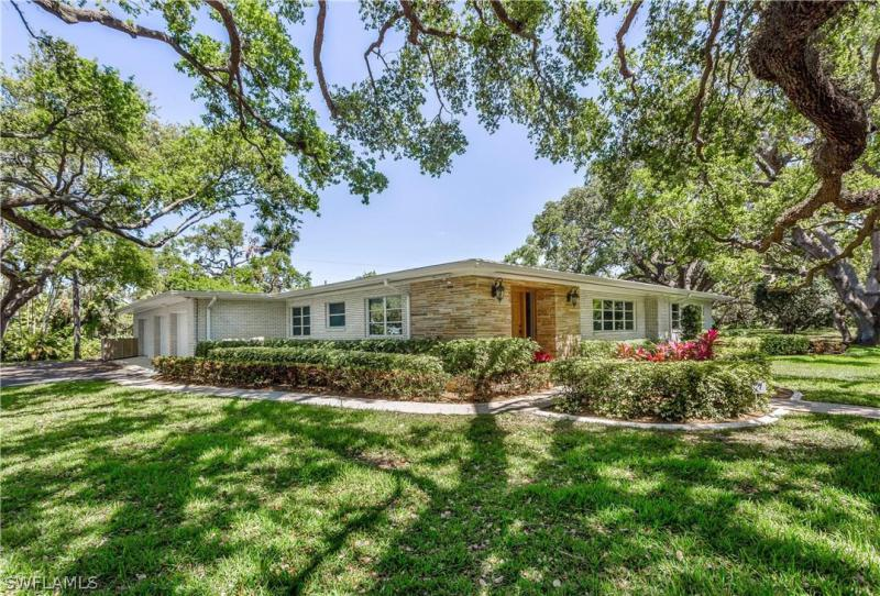 1245  Shadow,  Fort Myers, FL