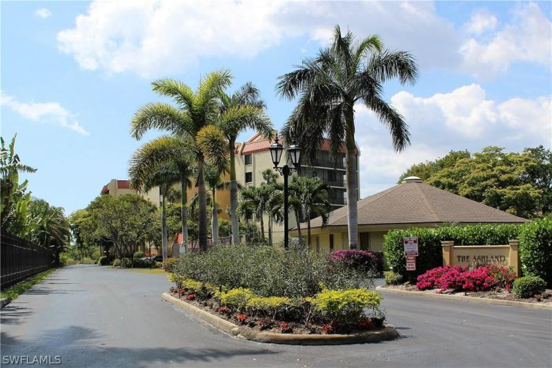 LAKERIDGE Fort Myers