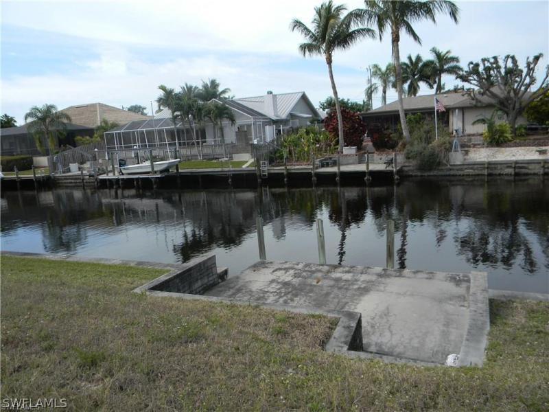 4916 Sw 8th Court, Cape Coral, Fl 33914