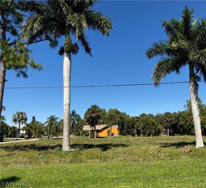 7374 Grande Pine Rd, Bokeelia, Fl 33922