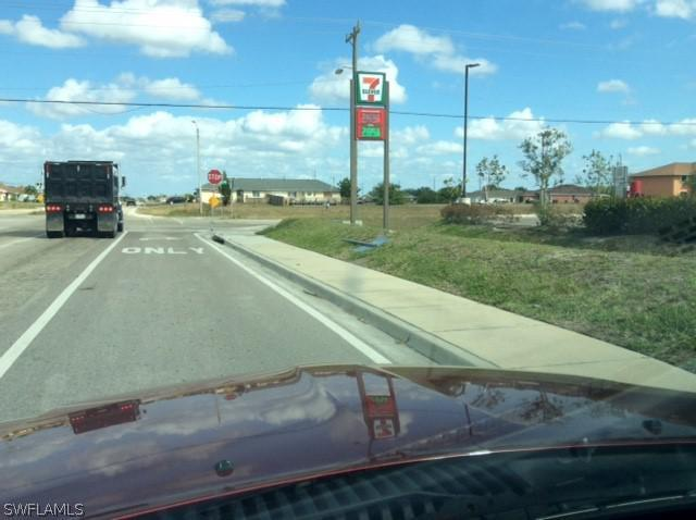 614 Diplomat Parkway, Cape Coral, Fl 33909