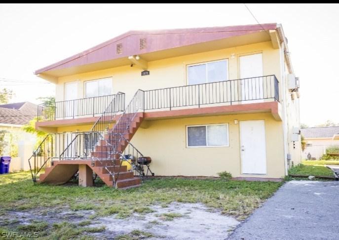 Multi Family Home - 217077832