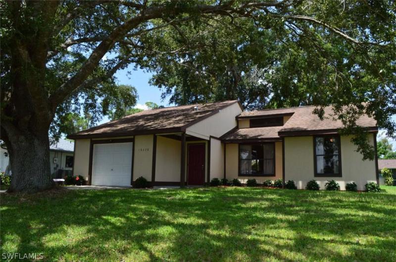 18173  Iris RD, Fort Myers, FL 33967-