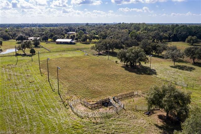 image 33 of 19491 Gwynn RD North Fort Myers FL 33917