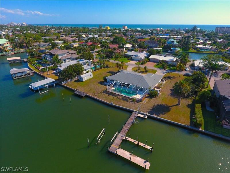 Photo of Glenview   in Fort Myers Beach, FL 33931 MLS 218024366