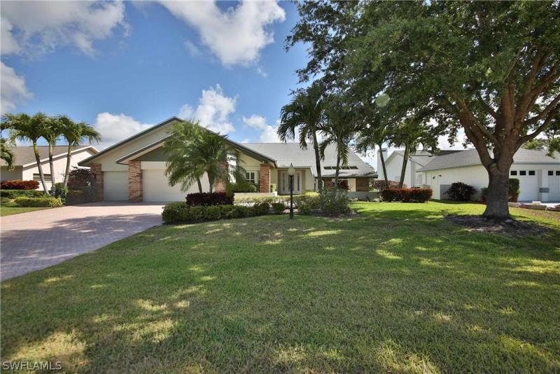 14551  Eagle Ridge DR, Fort Myers, FL 33912-