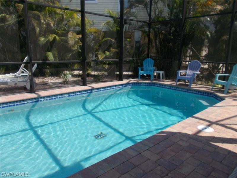 http://extimages2.living.net/ImagesHomeProd3/FL/idx/photos/ftmyersbeach/98/218082066.jpg