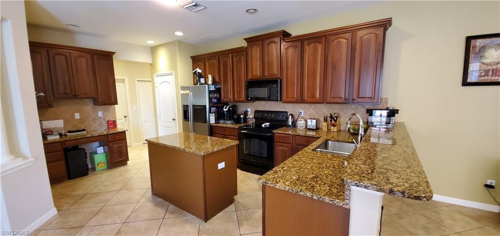 2808 Via Piazza, Fort Myers, FL, 33905