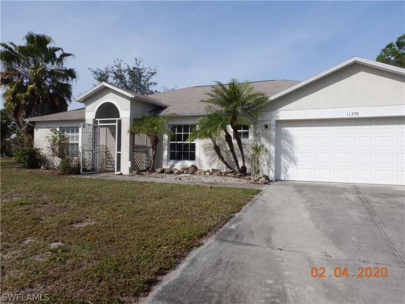 11798  Van Loon,  Port Charlotte, FL