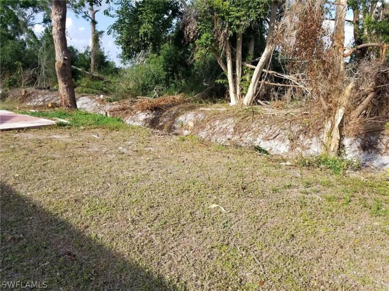 18417  Iris RD Fort Myers, FL 33967- MLS#218017633 Image 16