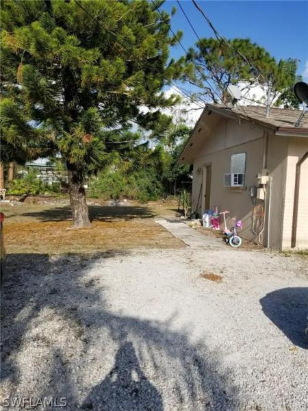 18417  Iris RD Fort Myers, FL 33967- MLS#218017633 Image 3