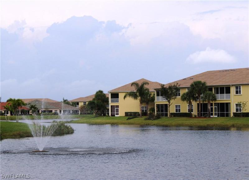 14830  Calusa Palms DR Unit 101, Fort Myers, FL 33919-