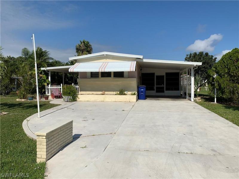 5980  Wisconsin ST, Bokeelia, FL 33922-