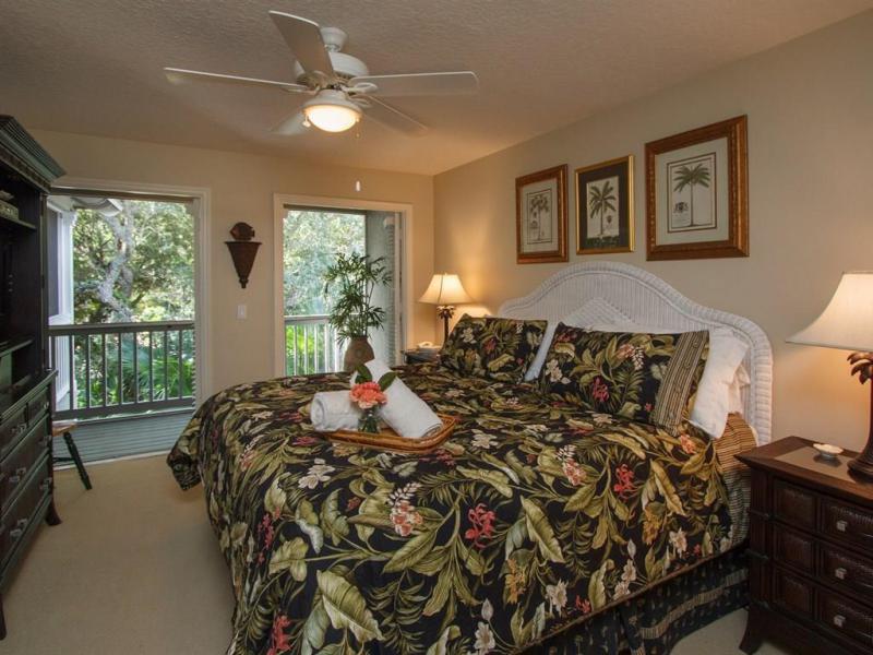 1195  Winding Oaks,  Vero Beach, FL