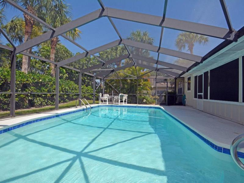 1045  Clipper,  Vero Beach, FL