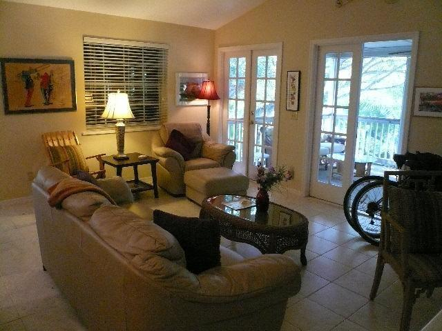 1175 Winding Oaks 205, Vero Beach, FL, 32963