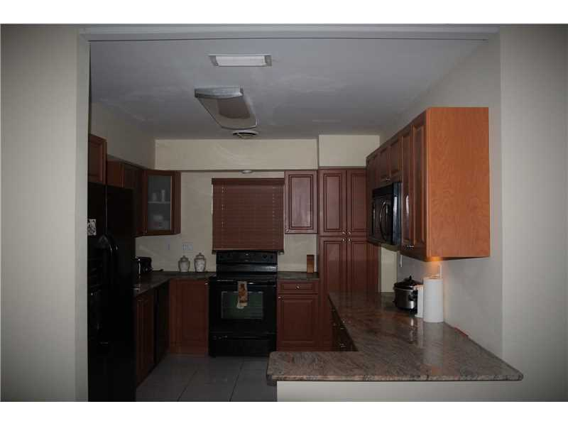 Fort Lauderdale Single Family A10179700