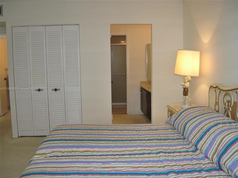 For Sale at  9511   Collins Ave #901 Surfside FL 33154 - Surfside Towers - 1 bedroom 1 bath A10184600_5