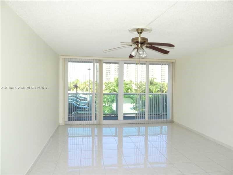 500  Bayview Dr  Unit 917, Sunny Isles Beach, FL 33160-4749