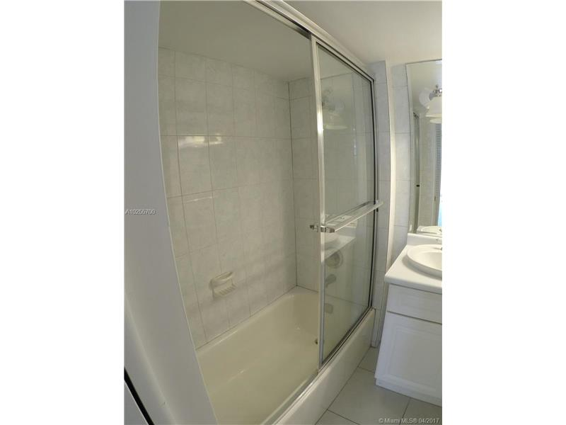 For Sale at  18151 NE 31St Ct #109 Aventura  FL 33160 - Biscayne Cove - 2 bedroom 2 bath A10255700_10