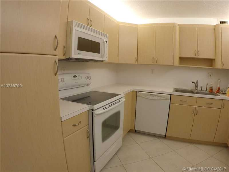 For Sale at  18151 NE 31St Ct #109 Aventura  FL 33160 - Biscayne Cove - 2 bedroom 2 bath A10255700_2