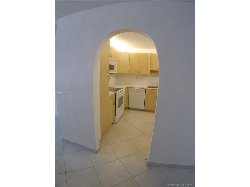 For Sale at  18151 NE 31St Ct #109 Aventura  FL 33160 - Biscayne Cove - 2 bedroom 2 bath A10255700_3