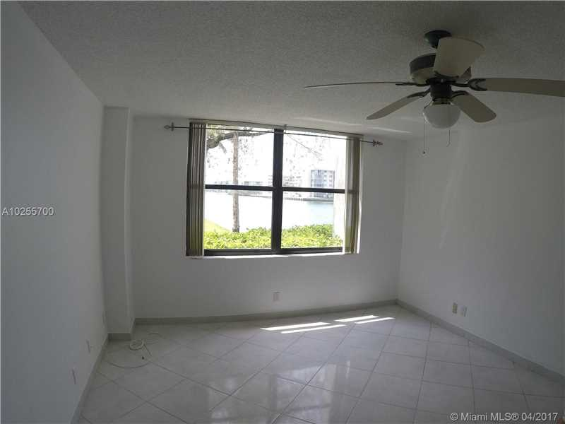 For Sale at  18151 NE 31St Ct #109 Aventura  FL 33160 - Biscayne Cove - 2 bedroom 2 bath A10255700_4