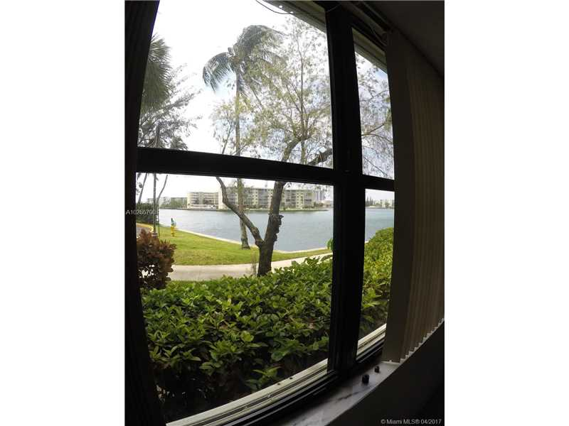 For Sale at  18151 NE 31St Ct #109 Aventura  FL 33160 - Biscayne Cove - 2 bedroom 2 bath A10255700_6