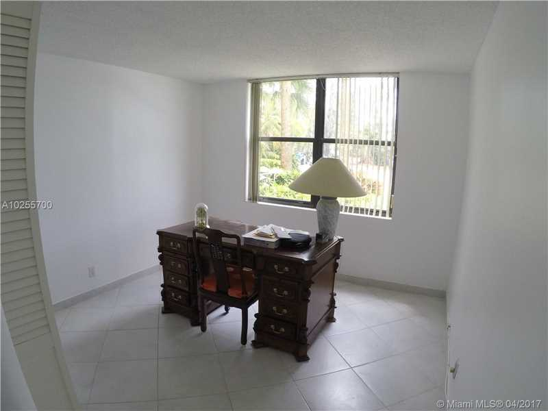 For Sale at  18151 NE 31St Ct #109 Aventura  FL 33160 - Biscayne Cove - 2 bedroom 2 bath A10255700_7