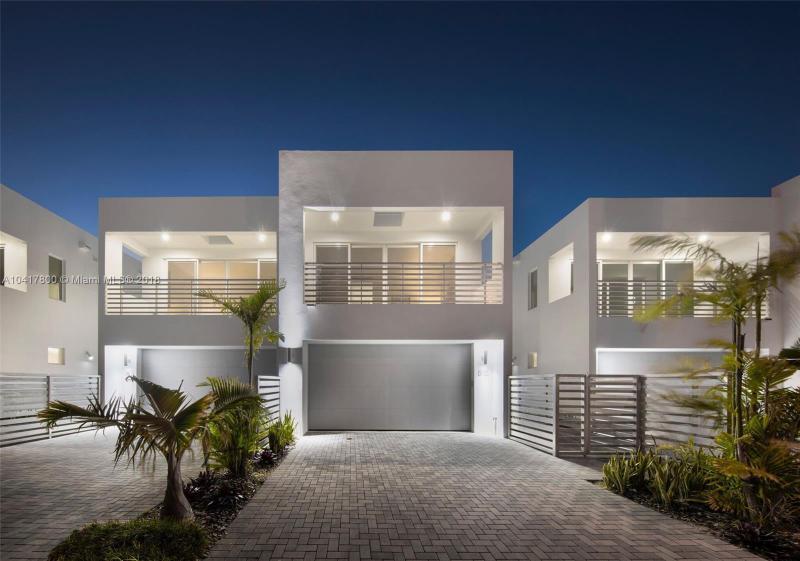 819 NE 17 Way - Fort Lauderdale - A10417800